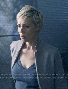Bonnie Winterbottom Fashion on How to Get Away with Murder How To Get Away, Make Me Up, Liza Weil, Lob Haircut, Latest Outfits, Short Hair Styles, Hair Cuts, Hair Beauty, Hairstyles
