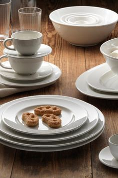 Simple yet timeless dinnerware with a traditional style and soft round shapes that frame the food on your table beautifully. & Inspired by modern Scandinavian and traditional English dishes the ...