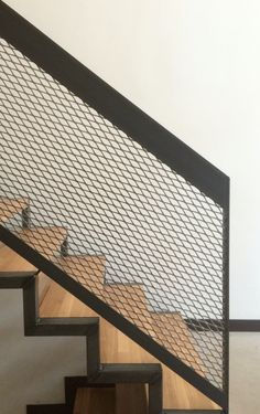 Stairway Railing Ideas Get These Top Trending regal ideas stair railing only on this page Stairway Railing Ideas, Modern Stair Railing, Wrought Iron Stair Railing, Staircase Handrail, Metal Stairs, Modern Stairs, Painted Stairs, Railing Design, Staircase Design