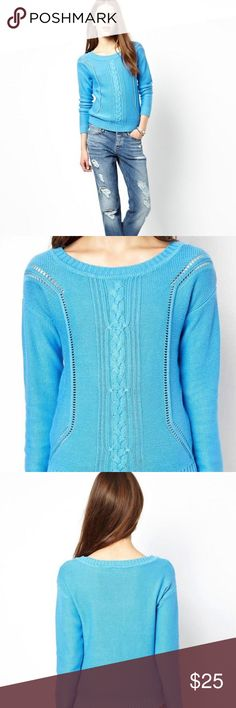 Beautiful blue cable knit sweater! 💎 This sweater is super pretty! I bought this in the UK and the brand is Vero Moda which is very popular there (but doesn't seem to be as well-known in the States). It's an S size but I'd say it's more like an XS/size 2. In great condition and the quality is wonderful. Colour: Azure/sky blue. Sweaters Crew & Scoop Necks