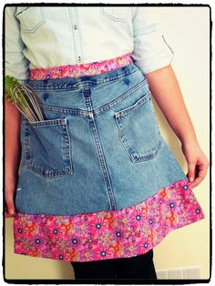 DIY Upcycled Denim Apron Tutorial.  So cute and easy!