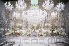 WedLuxe: display by Forget Me Not Flowers at the WedLuxe Wedding Show