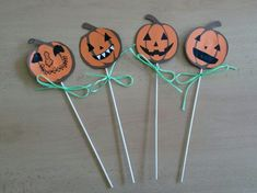Halloween, Mickey Mouse, Creativity, Pumpkin, Straws, Pumpkins, Squash, Baby Mouse, Spooky Halloween