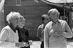 Charles M. Schulz, with Marion and Virginia Knott, circa 1983 (2) - Charles M. Schulz – Wikipedia Schmidt, Virginia, Cities, Couple Photos, Couples, Art, Couple Shots, Art Background, Kunst