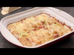 The delicious leek tartiflette - The Recipe The delicious . Lasagna, Macaroni And Cheese, Cooking, Ethnic Recipes, Food, Park, Youtube, Table, Easy Cooking