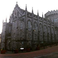 Dublin Castle Dublin Castle, Historical Sites, Barcelona Cathedral, Ireland, Places To Visit, Tours, History, Building, Pictures