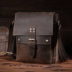 NEWEEKEND Retro Casual Genuine Leather Cowhide Crazy Horse Messenger Shoulder Crossbody iPad Bag for Man 8571