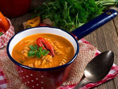 It�s so creamy and luscious, but yet incredibly easy and ridiculously low in calories- amazing spicy creamy tomato soup!