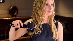 Tendenza capelli ondulati primavera 2014 Per ottenere delle onde morbide tra i capelli come quelle di tendenza nella primavera 2014, senza troppa fatica, vi basterà usare un ferro caldo apposito.