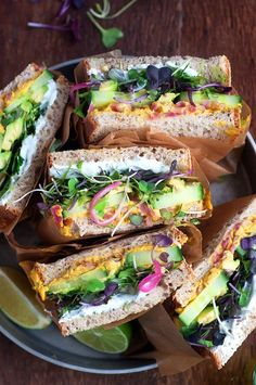 Curry Hummus Detox Sandwiches - Little Kitchen. Big World Veggie Recipes, Real Food Recipes, Vegetarian Recipes, Cooking Recipes, Healthy Recipes, Healthy Cooking, Healthy Snacks, Healthy Eating, Hummus Sandwich