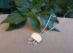 Mira este artículo en mi tienda de Etsy: https://www.etsy.com/es/listing/270068897/collar-plata-collar-medusa-collar