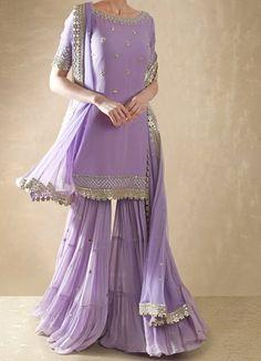 Pakistani Dresses Casual, Indian Fashion Dresses, Pakistani Dress Design, Indian Designer Outfits, Girls Fashion Clothes, Pakistani Sharara, Anarkali, Gharara Designs, Wedding Lehenga Designs