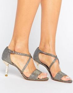 8e6a2d42b 8 Best muskeen prom shoes images