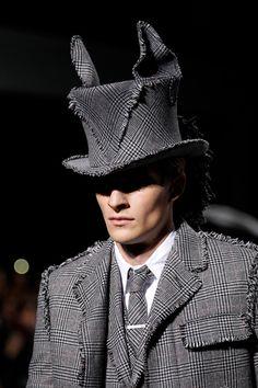 mad hatter hat by stephen jones - thom browne - fall 2014 menswear - paris