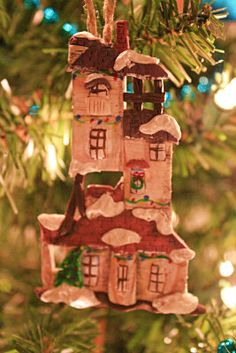 I seriously want this Burrow ornament. It doesn't even have to be an ornament. In fact, I would love my own Harry Potter Christmas village with Diagon Alley, Hogwarts, and Hogsmeade as well...