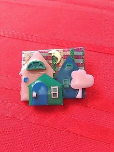 house pins by lucinda