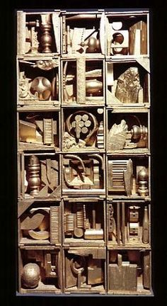 Found Object Art Lesson Plan . Looks like a sculpture by Louise Nevelson. 3d Art Projects, Collaborative Art Projects, School Art Projects, Sculpture Lessons, Sculpture Projects, Sculpture Art, Sculpture Ideas, Found Object Art, Found Art
