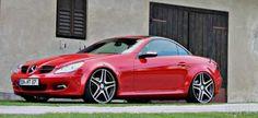 Mercedes SLK: Rot und rassig (R171) 2006er Roadster lässt die Muskeln spielen