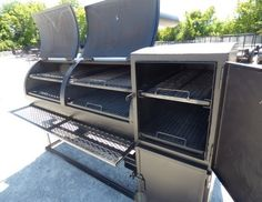 This smoker has a diameter barrel , the smoker is reverse flow , and the smoker has a prep counter. Bbq Grill, Grilling, Bbq Smoker Trailer, Fire Pit Bbq, Food Truck Business, Barrel, Flow, Patio, Cooker