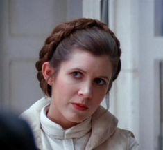 DIY Princess Leia Buns and Three More Leia Hairstyle Tutorials: A Crown of Hoth Braids