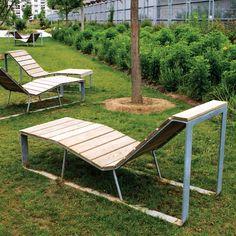 Chaise longue ATLANTIQUE – mobilier urbain area Street Furniture, Lounge Furniture, Outdoor Furniture, Outdoor Decor, Architecture Cool, Landscape Architecture, Picnic Area, Picnic Table, Public