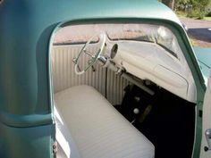 white interiors convertible and ford thunderbird on pinterest. Black Bedroom Furniture Sets. Home Design Ideas
