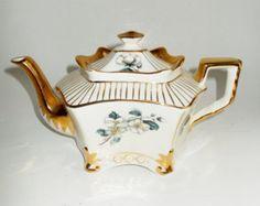 Vintage Arthur Wood Teapot England Dogwood Gold Gilt 1950's