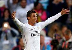 Với cú đúp vào lưới Sevilla tại trận tranh Siêu cúp châu Âu đêm qua bạn có thể xem lại trận siêu cup trên video bong da, Cristiano Ronaldo vượt Leo Messi về số bàn thắng tại đấu trường châu lục.  http://ole.vn/video-bong-da.html,http://ole.vn/chuyen-chuong.html,http://tin24hnhanhnhat.blogspot.com/