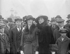 Louisa Nolan who received the newly established Military Medal for her role in aiding the wounded under fire during the Rising. Ireland 1916, Dublin Ireland, Republican News, Investiture Ceremony, Easter Rising, Dublin Castle, Two Brothers, Army Soldier, British Army