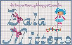 Salve o monograma completo e o gráfico da boneca aqui: http://dinhapontocruz.blogspot.com.br/2014/07/2-monograma-lalaloopsy-ponto-cruz.html