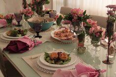 Mesa posta rosa para almoço de domingo - receber em casa / cute pink tablescape for sunday lunch at home.