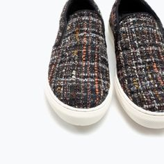 Zara Tweed plimsoll Every brand's favorite plimsoll shoes. Combined with tweed fabric. Settle pattern and color allow it to be more interesting than just a plain color plimsoll. Size 7.5. 100% polyester. Zara Shoes