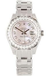 Our pawn shop guarantees the highest loan against Rolex Watches in comparison to any other shop. A considerable good rate is rendered by us against those Rolex watches. Instant value appraisal of the watch is done by our experts. Without any delay we complete all the formalities in a professional manner, so that you can receive the cash without any delay. If you are looking for any gold pawn shop in Brooklyn, then also we are the appropriate place for you.