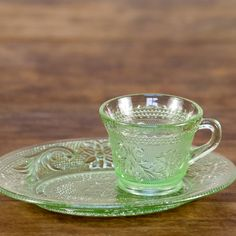 """mint snack set (set of 4): Chantilly green snack tray set with teacup and tray.  The plate measures about 8 1/2"""" long and 6 3/4"""" wide. Cup measures about 3 1/4"""" in diameter and stands 2 3/4"""" tall.  **Effective 9/2/13 pricing includes cleaning."""