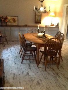 Whitewashed laminate flooring in the kitchen Photo Compliments: Maureen B. #laminateflooring #whiteflooring #kitchen #coastalroom