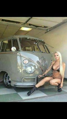 Kombi and Blondie Volkswagen Transporter, Volkswagen Bus, Vw T1, Model Auto, Combi Ww, Vw Minibus, F100, Vw Caravan, Sexy Autos