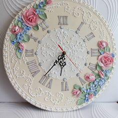 Часы 40см Wall Clock Painting, Clock Art, Diy Clock, Sculpture Painting, Clock Decor, Mural Painting, Mural Art, Clock Tattoo Design, Wall Clock Design