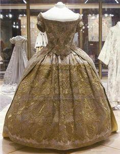 Coronation dress of Anna Ioannovna, 1730, Kremlin