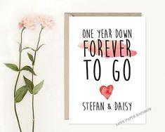 1st Wedding Anniversary Present Ideas - Southern Bride #weddinganniversarygifts #anniversarygifts