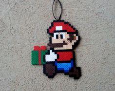 Détails du produit : Ce sont 100 % fait main ornements darbre de Noël de champignon de Mario ! ils sont fabriqués à partir des perles en