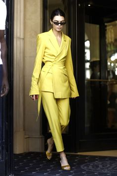 Boss Lady Outfit Idea For You:- AwesomeLifestyleFashion . Ladies Trouser Suits, Trousers Women, Women's Pant Suits, Suit Vest, Cropped Trousers, Suit Fashion, Womens Fashion, Fashion Trends, Yellow Fashion