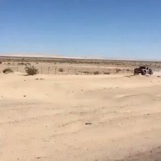 That's some crazy suspension! That's some crazy suspension! Trophy Truck, Ford Pickup Trucks, Chevy Trucks, Custom Trucks, Custom Cars, Vrod Custom, Monocycle, Offroader, Street Racing Cars
