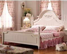 White rural style bedroom