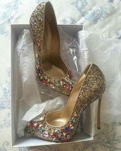Pretty Shoes, Beautiful Shoes, Cute Shoes, Me Too Shoes, Stilettos, Pumps Heels, High Heels, Bridal Shoes, Wedding Shoes