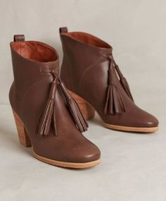 ANTHROPOLOGIE BOOKMARK BOOTIES RACHEL COMEY SHOES ANKLE BOOTS 9.5 #RachelComey #AnkleBoots #Casual