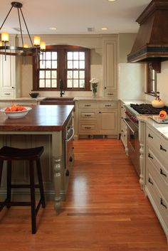 Tudor Style Kitchen Design, Pictures, Remodel, Decor and Ideas - page 2