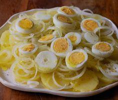 Salada de Batata, Cebola e Ovos - Dadivosa