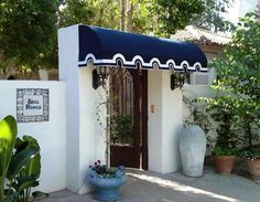 Enhance the appearance of your home with stylishly crafted custom awnings!