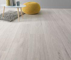 Sol PVC newport white m Pvc Flooring, Timber Flooring, Kitchen Flooring, Wooden Floors Living Room, My Living Room, Sol Pvc Imitation Parquet, Vinyl Platten, Basement Shelving, Living Room Theaters