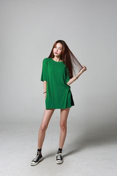 Buy Side Open Long Tee at Korean Fashion Store. We carry the latest Korean clothing and imported directly from Korea. Ulzzang Fashion, Asian Fashion, Girl Fashion, Fashion Outfits, Womens Fashion, Fasion, South Korea Fashion, Long Tee, Vogue